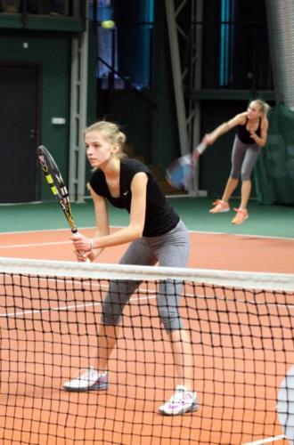 Tennis1046